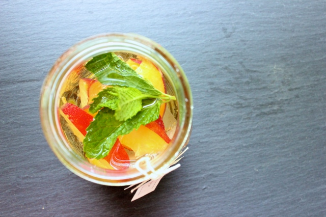 peach  mint tea vodka